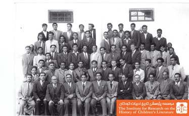 دانش آموزان دبیرستان ادب اصفهان و  دبیرستان البرز تهران